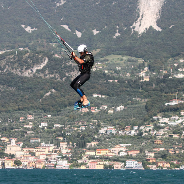freestyle-kite-gardakitesurf-gallery-5