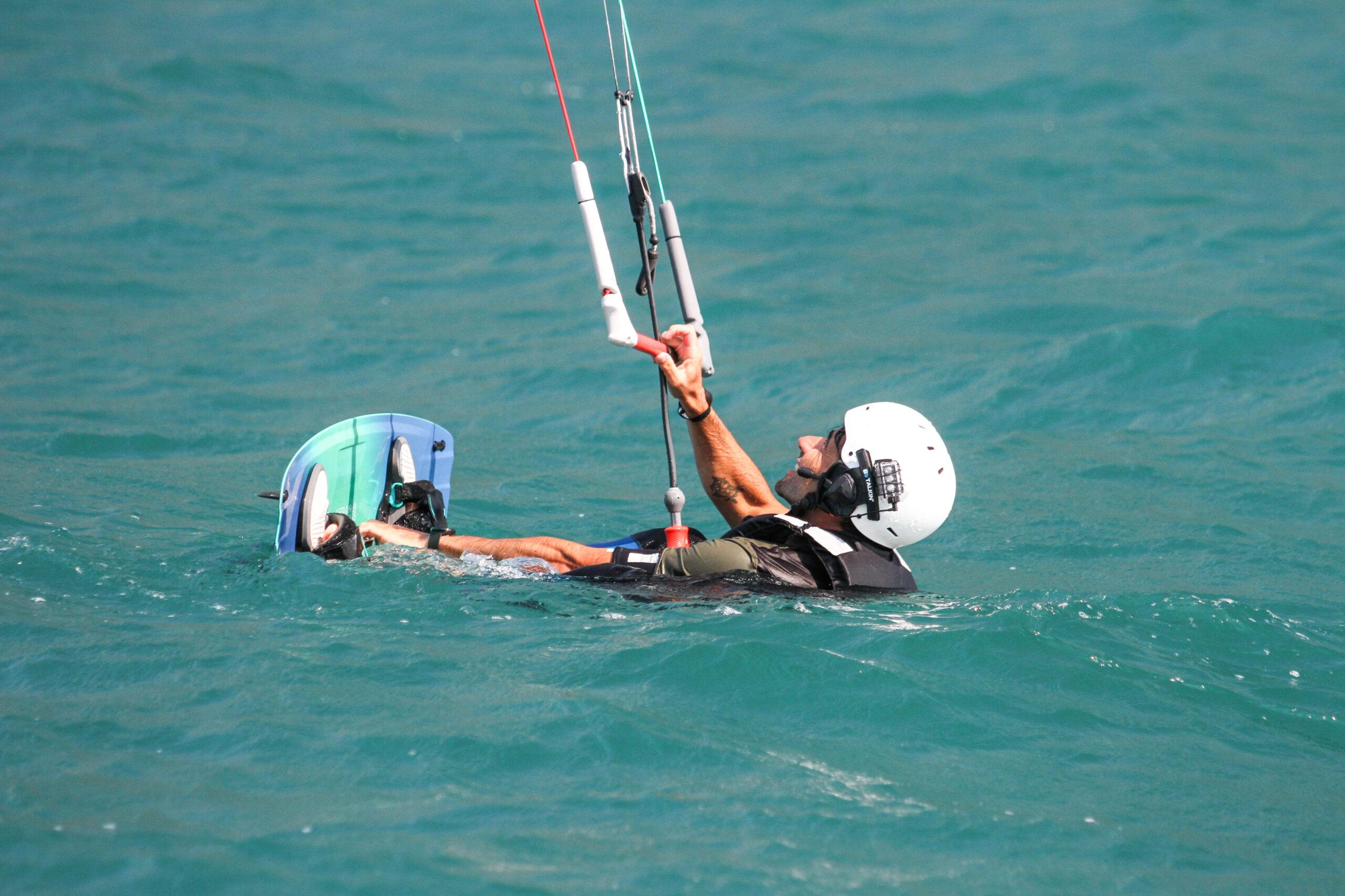 Corso base kitesurf